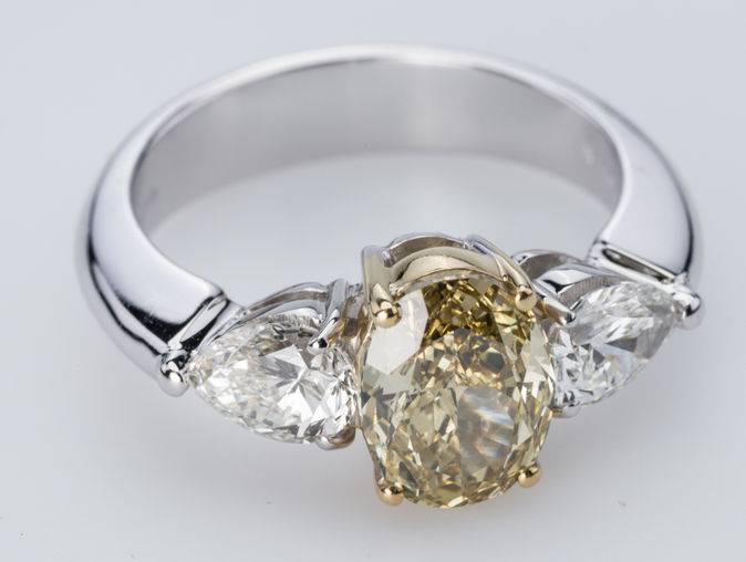 Currado Anello Engagement Ring